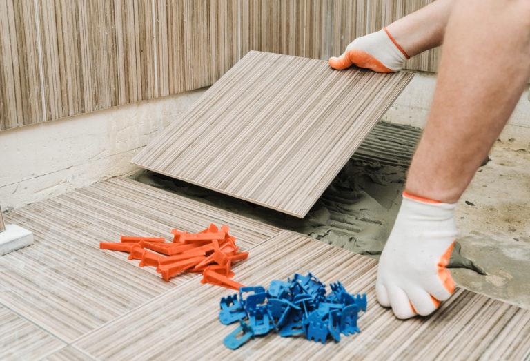 Verlegen von Keramikfliesen – die 5 häufigsten Fehler